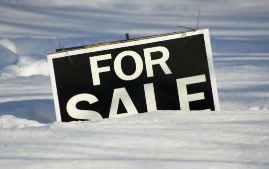for-sale-sign-in-snow_iStock_2
